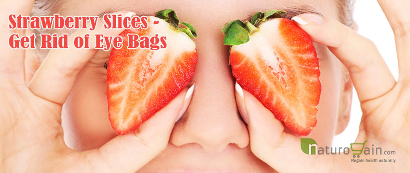 Strawberry Slices Get Rid of Eye Bags