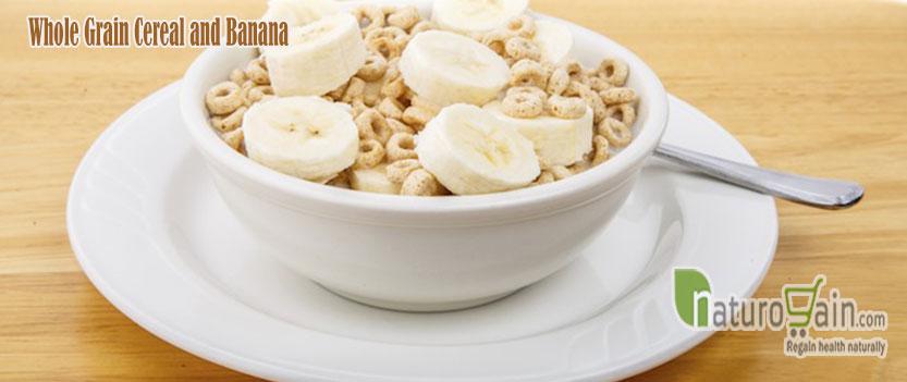 Vollkorn Getreide und Banane